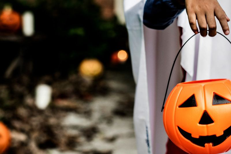 Have yourself a Safe Trick or Treat!